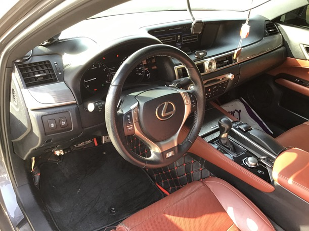 Used 2013 Lexus GS350 for sale in abudhabi