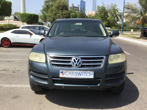 Used 2006 Volkswagen Touareg for sale in abudhabi