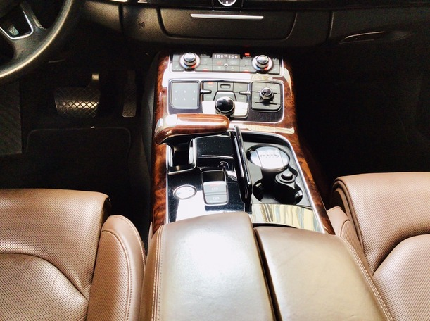 Used 2014 Audi A8 for sale in abudhabi