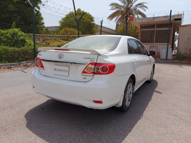 Used 2013 Toyota Corolla for sale in sharjah