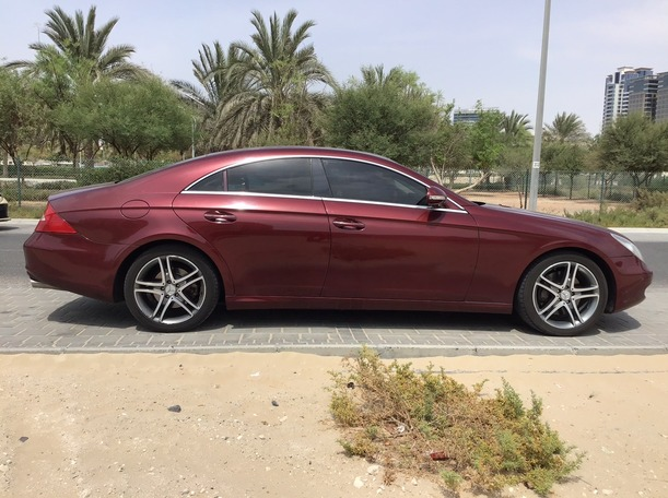 Used 2006 Mercedes CLS350 for sale in dubai