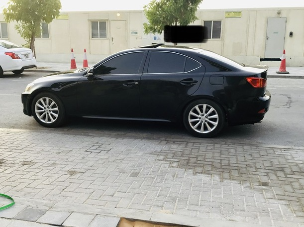 Used 2009 Lexus IS300 for sale in abudhabi