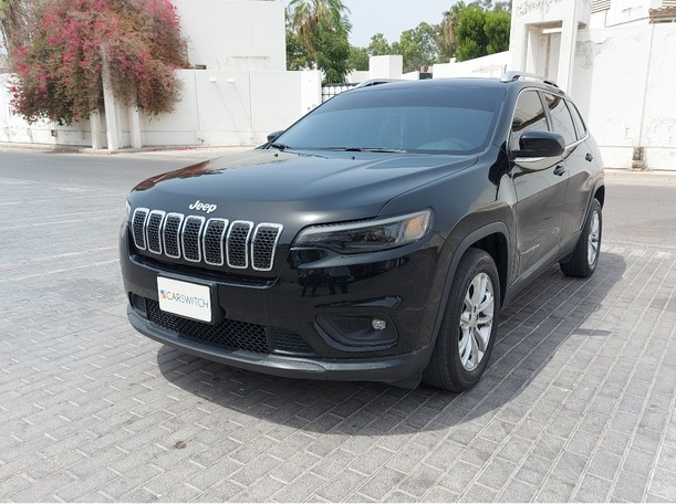 Used 2019 Jeep Cherokee for sale in sharjah