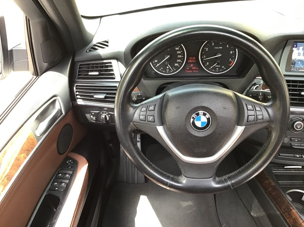 Used 2011 BMW X5 for sale in abudhabi
