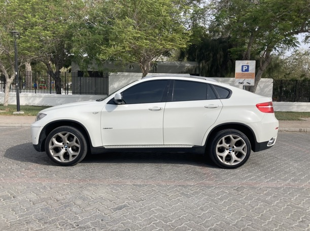 Used 2011 BMW X6 for sale in dubai