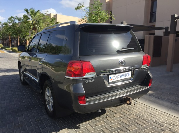 Used 2013 Toyota Land Cruiser for sale in sharjah