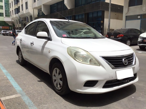 Used 2013 Nissan Sunny for sale in abudhabi