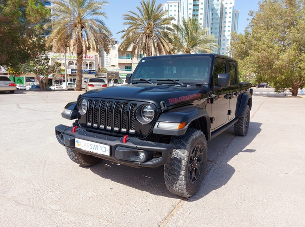Used 2020 Jeep Gladiator for sale in sharjah