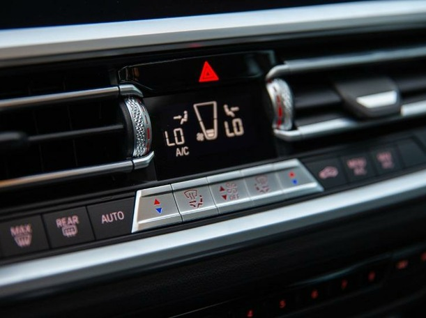 Used 2020 BMW 320 for sale in dubai