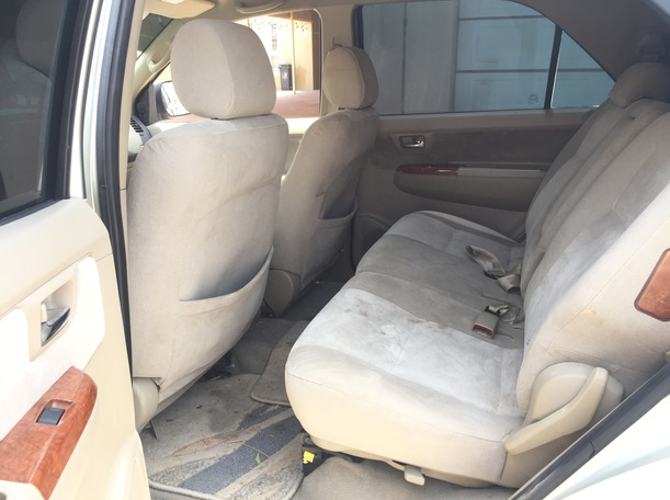 Used 2011 Toyota Fortuner for sale in dubai