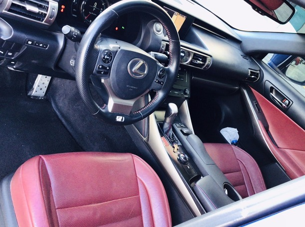 Used 2014 Lexus IS350 for sale in abudhabi