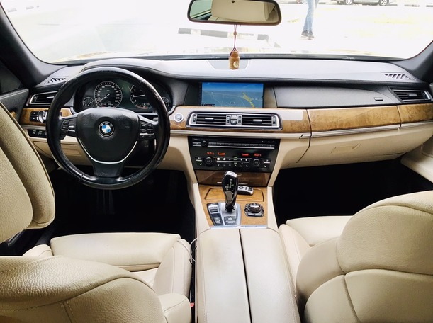 Used 2011 BMW 750 for sale in dubai