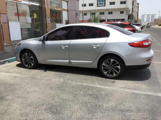 Used 2015 Renault Fluence for sale in abudhabi