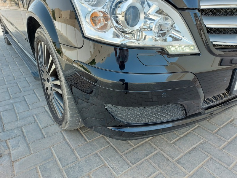 Used 2012 Mercedes Viano for sale in sharjah