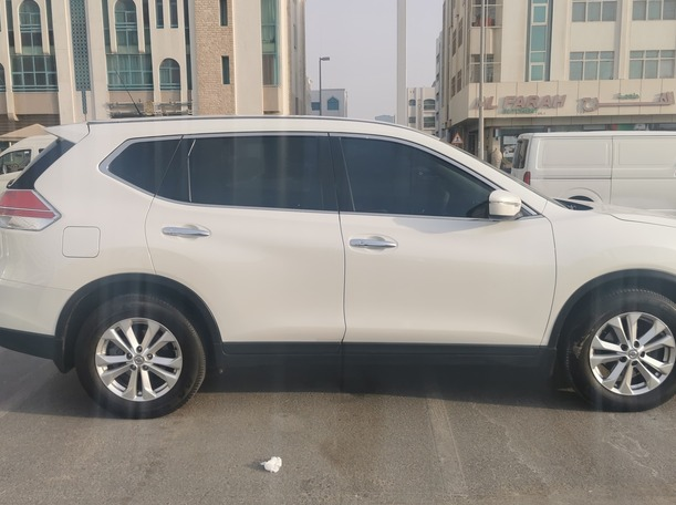 Used 2016 Nissan X-Trail for sale in abudhabi