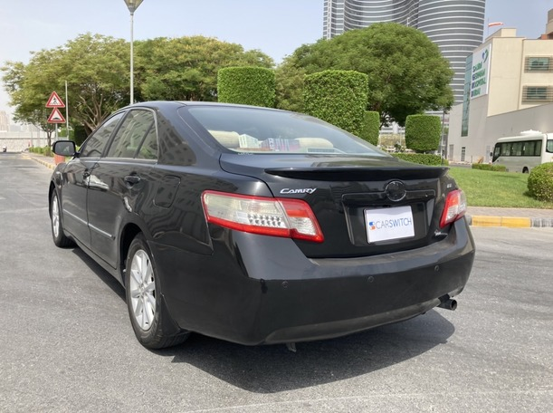 Used 2011 Toyota Camry for sale in dubai