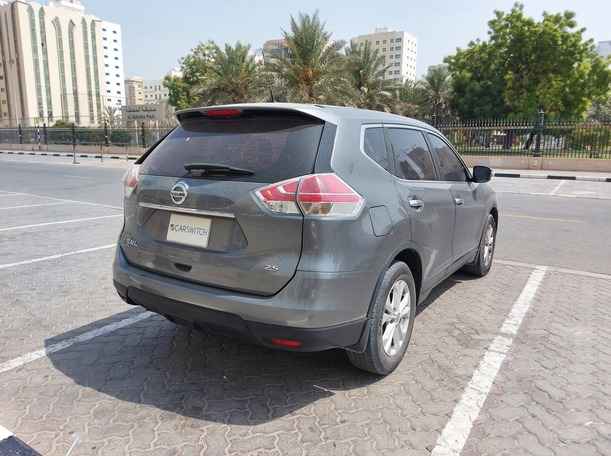 Used 2015 Nissan X-Trail for sale in sharjah