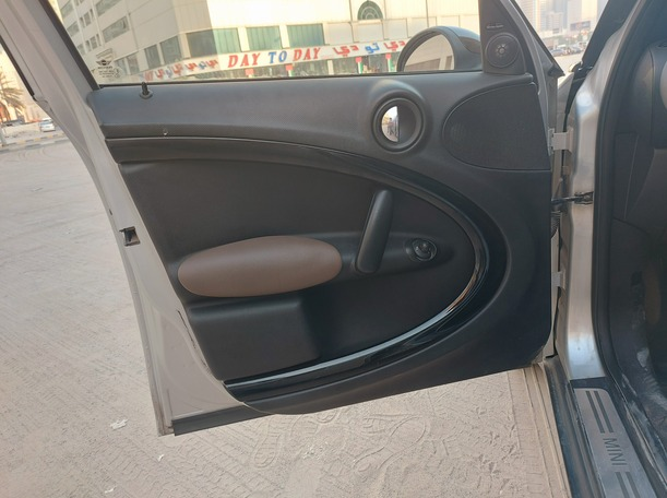 Used 2012 MINI Countryman for sale in sharjah