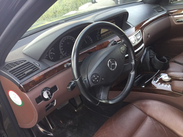 Used 2011 Mercedes S300 for sale in dubai