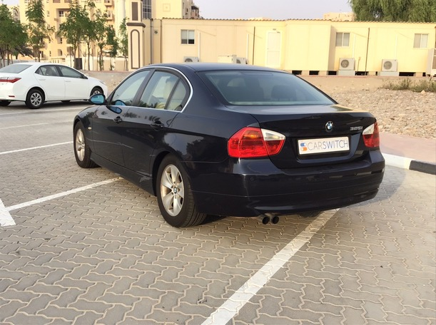 Used 2006 BMW 325 for sale in dubai