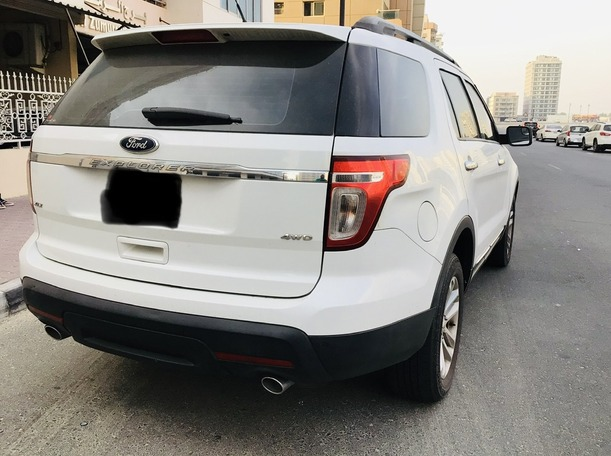 Used 2015 Ford Explorer for sale in dubai