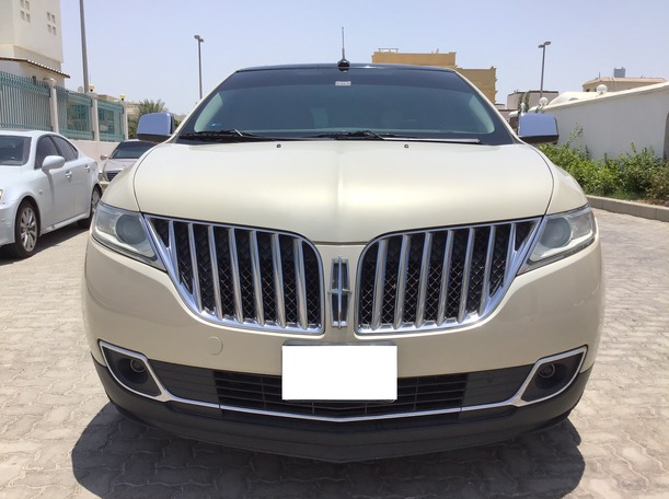 Used 2014 Lincoln MKX for sale in abudhabi
