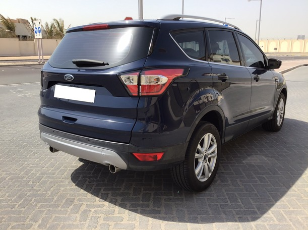 Used 2017 Ford Escape for sale in abudhabi