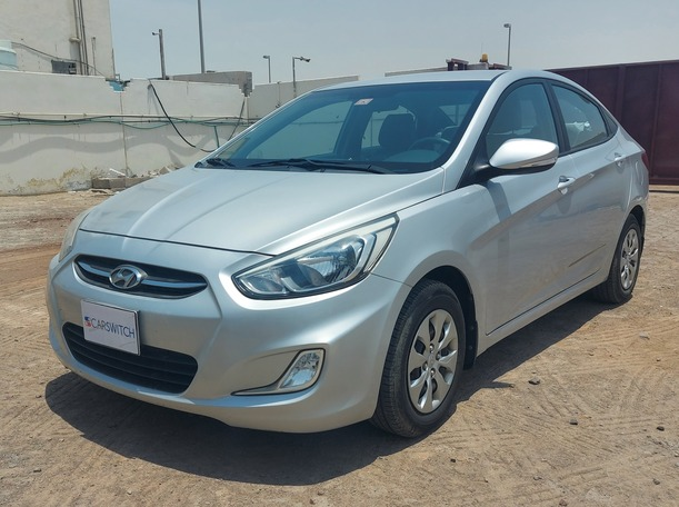 Used 2016 Hyundai Accent for sale in abudhabi