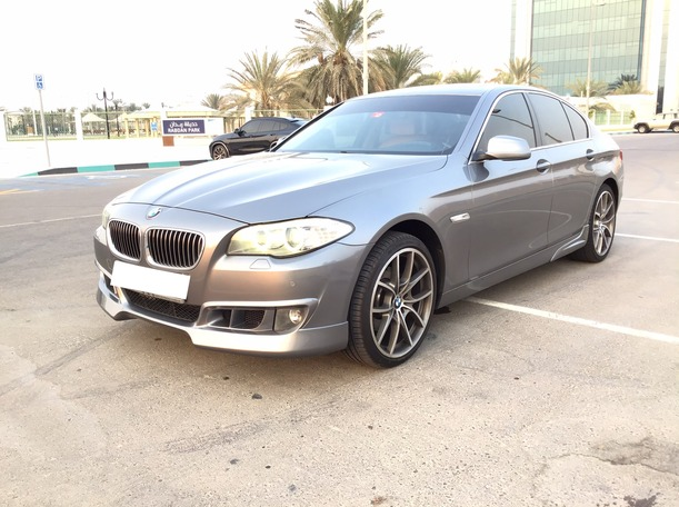Used 2013 BMW 528 for sale in abudhabi