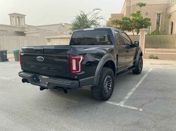 Used 2019 Ford F150 for sale in dubai