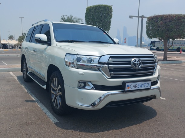 Used 2016 Toyota Land Cruiser for sale in abudhabi