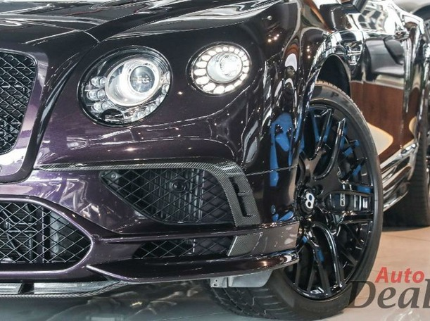 Used 2017 Bentley Continental for sale in dubai