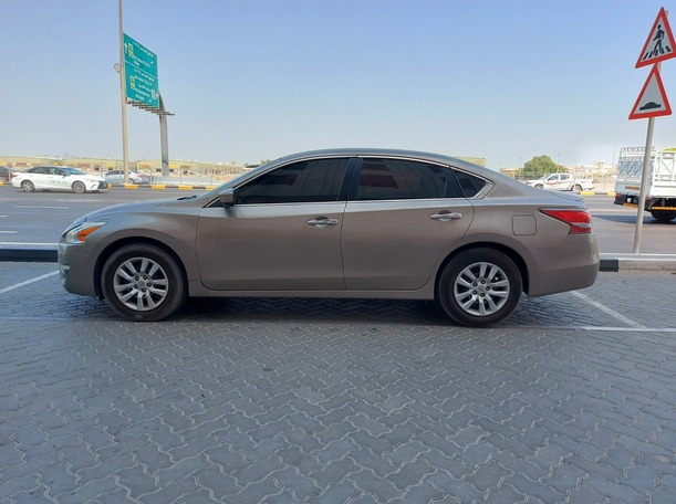Used 2016 Nissan Altima for sale in sharjah