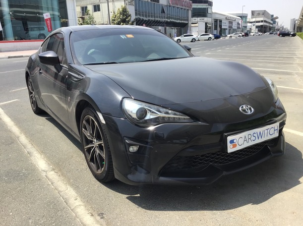 Used 2017 Toyota 86 for sale in dubai