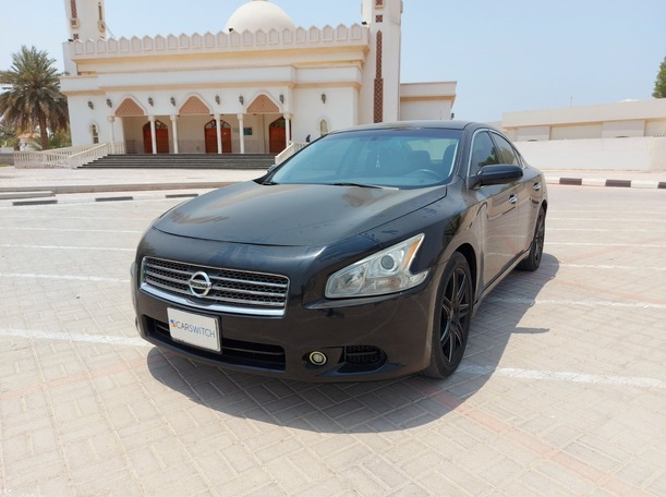Used 2013 Nissan Maxima for sale in sharjah