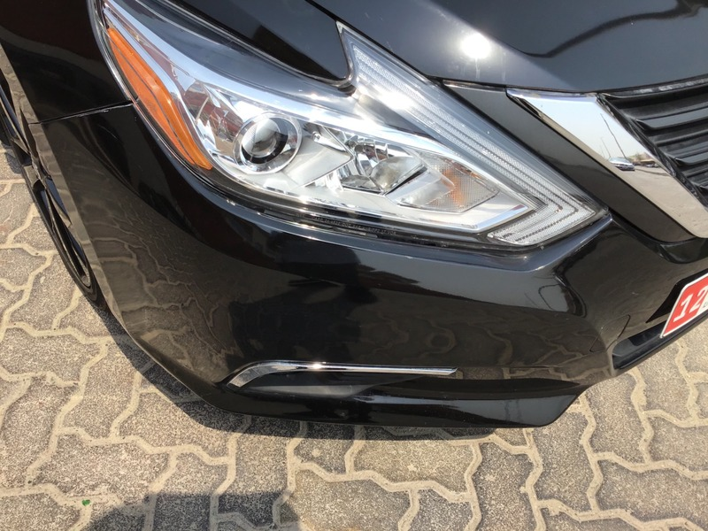 Used 2017 Nissan Altima for sale in abudhabi