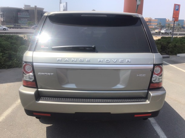 Used 2012 Range Rover Sport for sale in sharjah