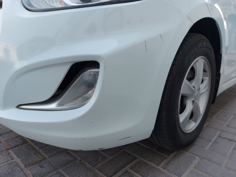 Used 2015 Hyundai Accent for sale in sharjah