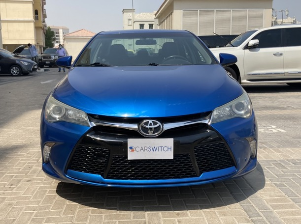 Used 2017 Toyota Camry for sale in dubai