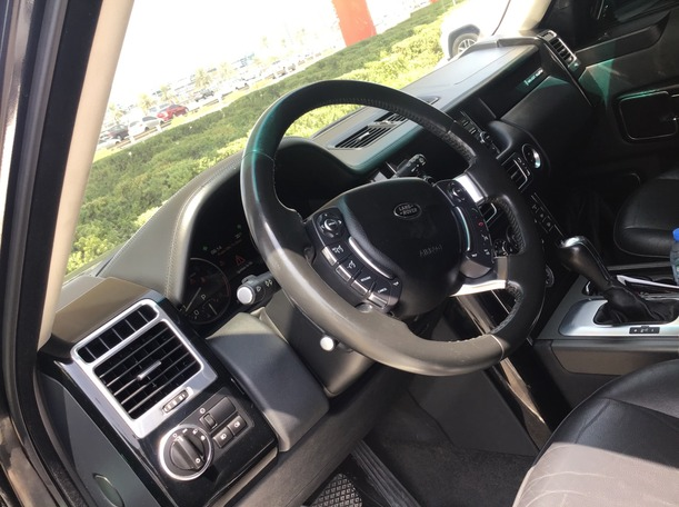 Used 2012 Range Rover HSE for sale in dubai