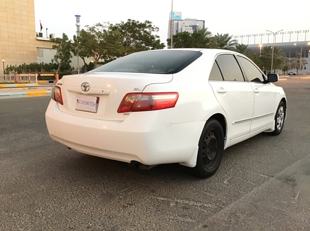 Used 2009 Toyota Camry for sale in abudhabi