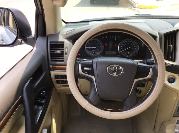 Used 2017 Toyota Land Cruiser for sale in abudhabi