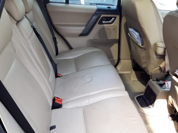 Used 2009 Land Rover LR2 for sale in abudhabi