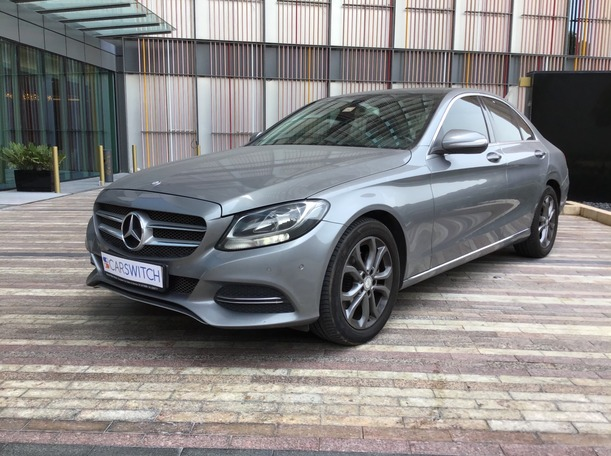 Used 2015 Mercedes C200 for sale in abudhabi