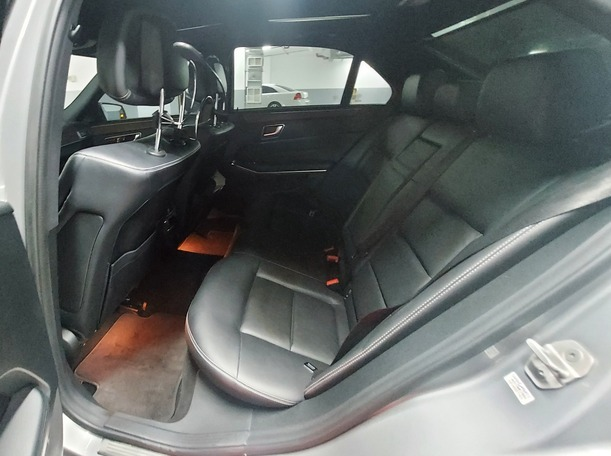 Used 2014 Mercedes E350 for sale in abudhabi