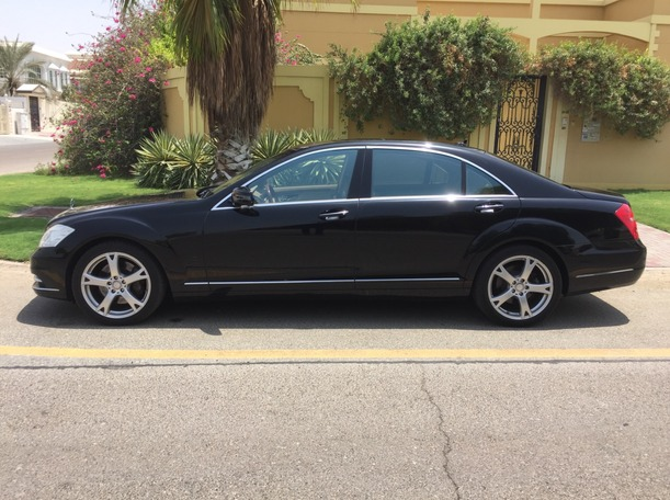 Used 2013 Mercedes S550 for sale in dubai