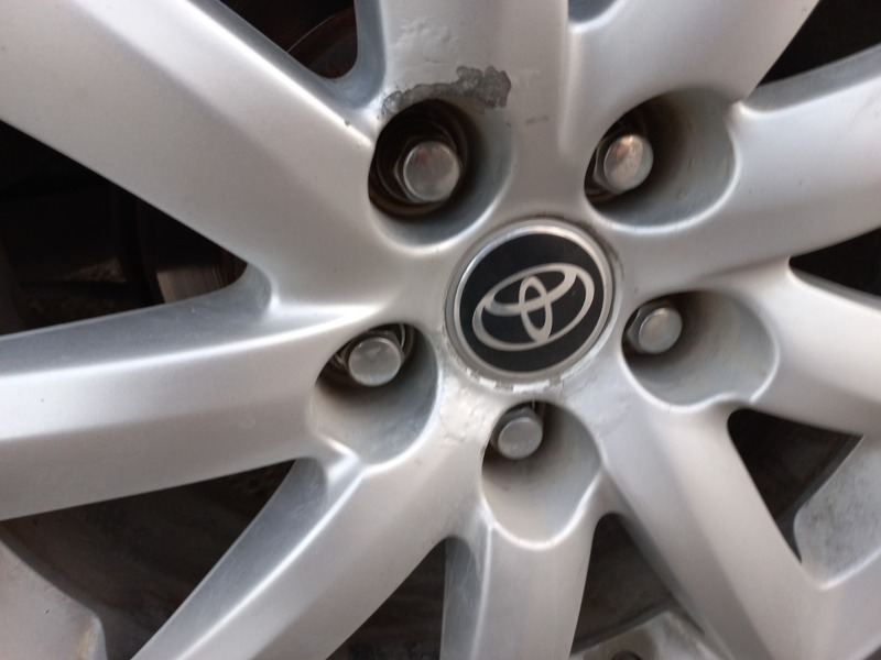 Used 2015 Toyota Camry for sale in sharjah