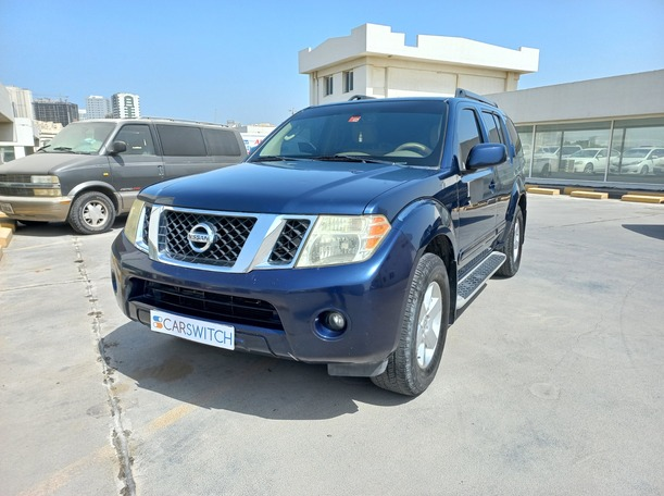 Used 2011 Nissan Pathfinder for sale in sharjah