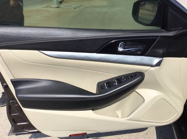 Used 2016 Nissan Maxima for sale in abudhabi