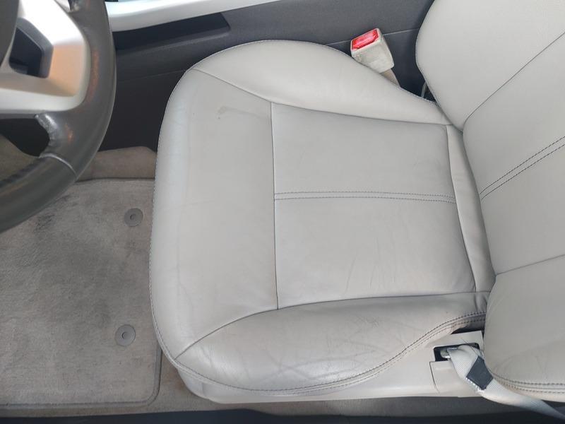 Used 2011 Ford Edge for sale in abudhabi